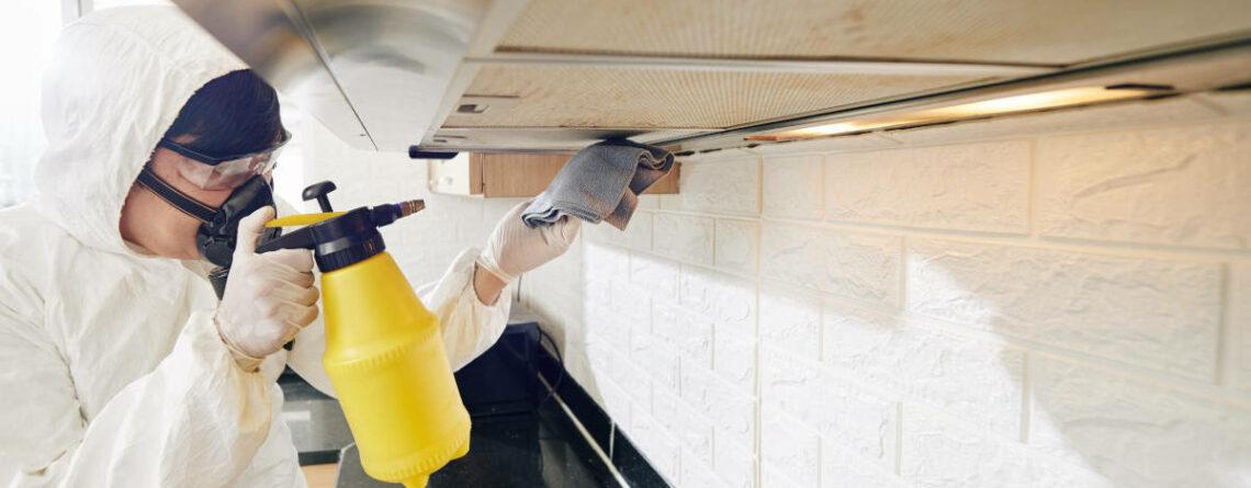 Come pulire il motore della cappa della cucina