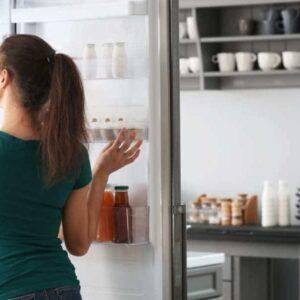 Frigorifero non raffredda ma il congelatore funziona: le cause